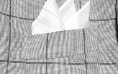簡単に出来るポケットチーフの挿し方(入れ方)ー【スリーピークス】編  ー