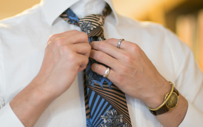 ネクタイのくぼみ、へこみ(ディンプル)についてとNGシーン